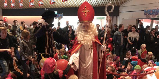 Intocht Sinterklaas in Esch zondag 24 november - Klaverblad